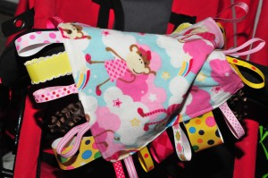 taggie blanket attached to stroller