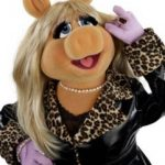 New York Fashion Week: Miss Piggy's Fashion Tips!