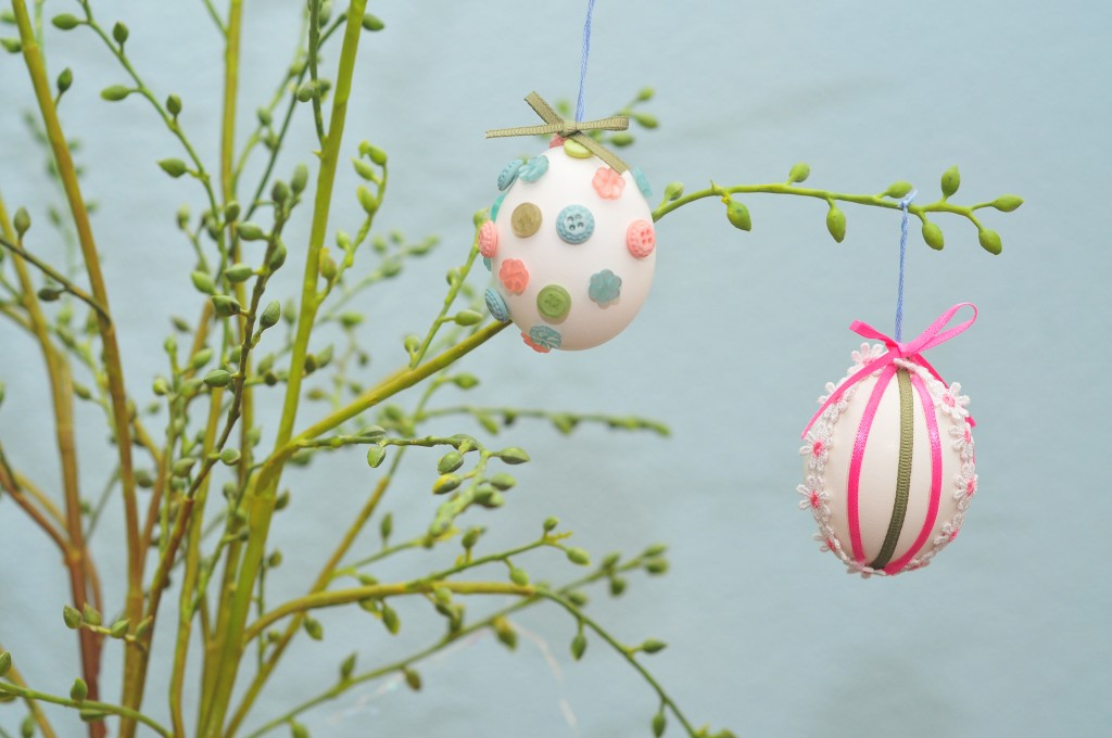 Hodgepodge Button & Ribbon Hanging Easter Eggs!