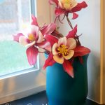 Make It Pretty Wednesdays: Painted Glass Vases