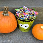 Halloween Treats with Trash Packs and Glitzi Globes!