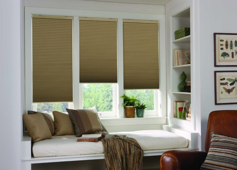While They Make Great Shade During The Summer Months Traditional Wooden Slats In Window Blinds Don T Offer Much Way Of Insulation Because There Are