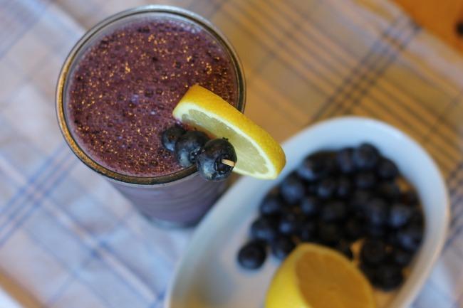 Lemon Blueberry AlmondMilk Smoothies