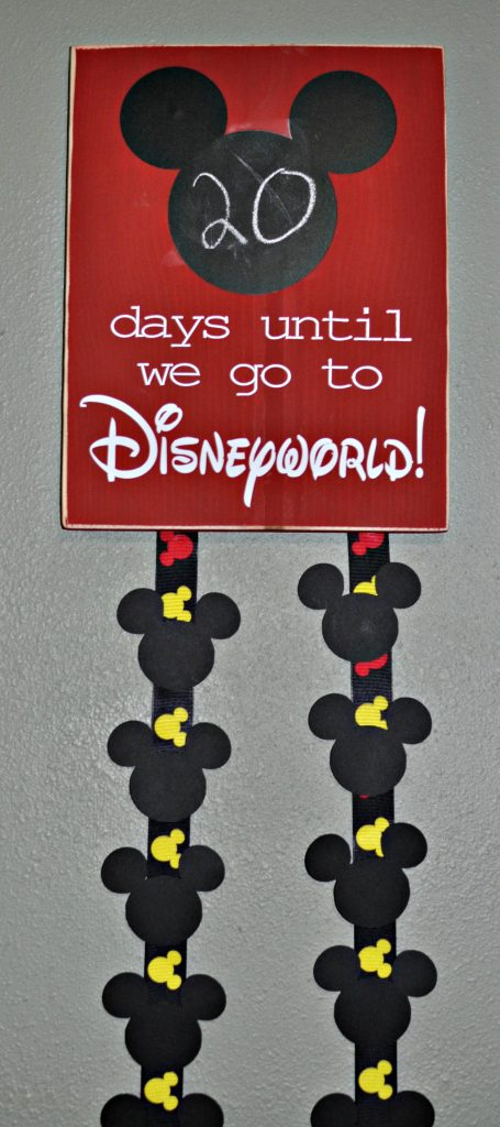 WDW Countdown with Cricut Mickey