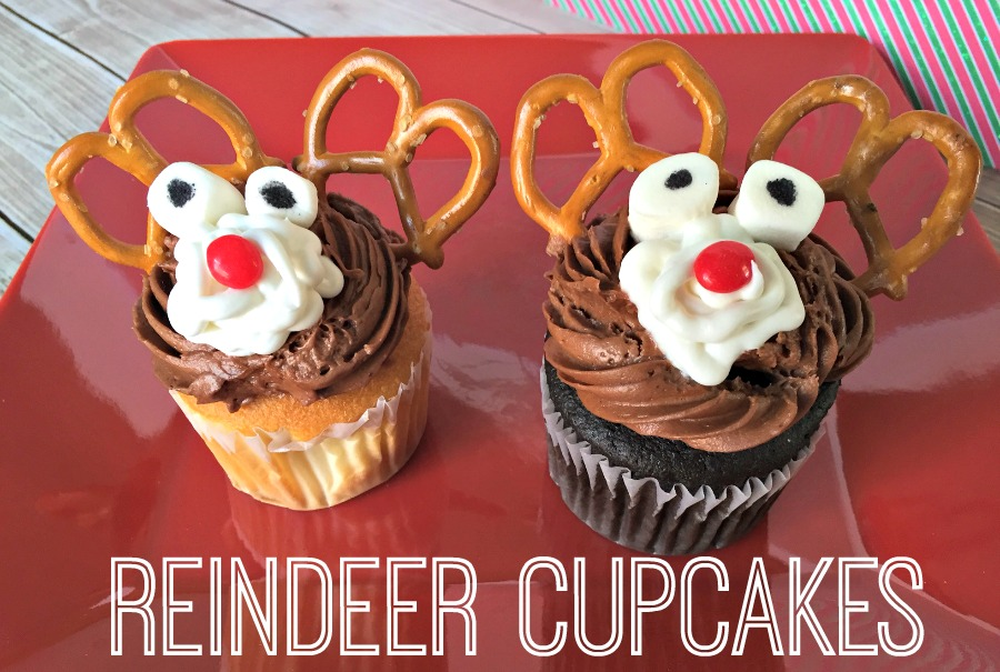 Make these easy and fun Reindeer Cupcakes!