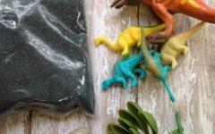 Make This DIY Dinosaur Dig Craft