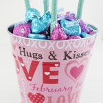 Make a Hershey's Kisses Flower Bouquet for Valentine's Day