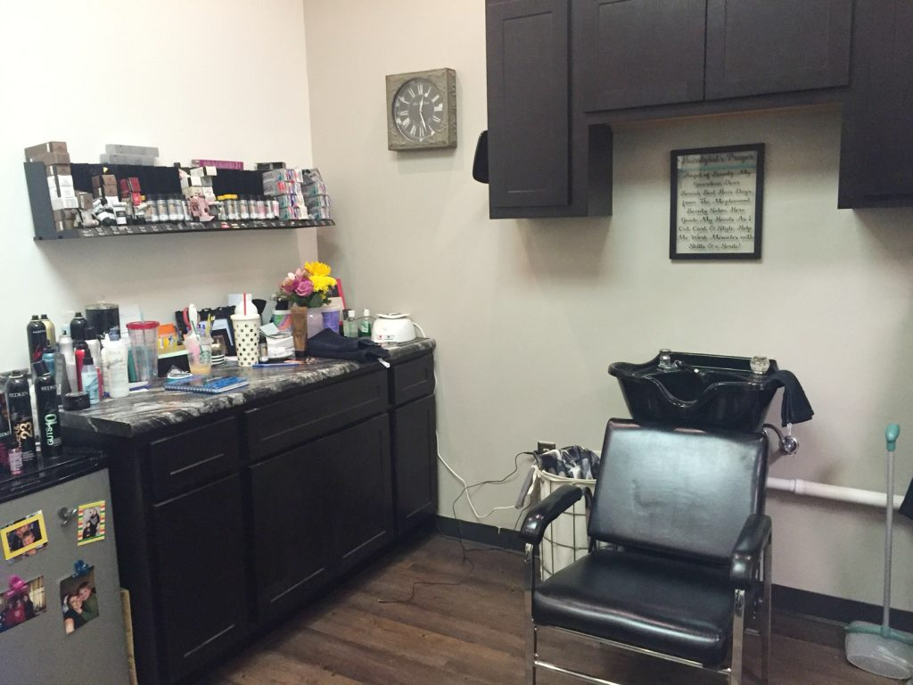 -Maplewood Beauty Bar Room 2