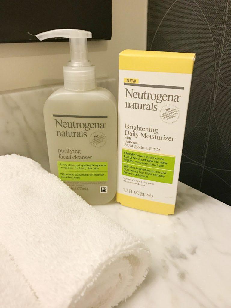neutrogena-naturals-brightening-daily-moisturizer