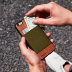 iPhone Wallet Cases Keep You Organized