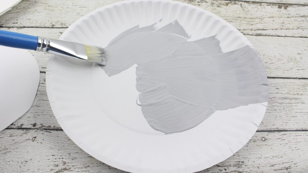Buster Moon Paper Plate Craft