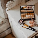 5 Reasons Why You Should Purchase Cosmetics Online