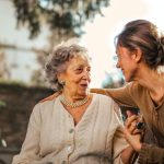 How Moms Can Deal with a Parent Developing Dementia