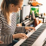 Top Ways To Teach Yourself How To Play The Piano